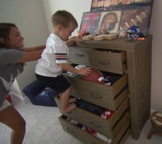 See InsideEdition.com IKEA drawers story.